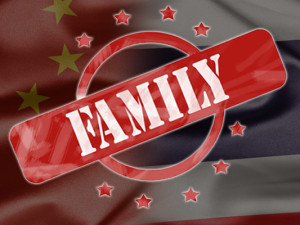 Thai_Chinese_family