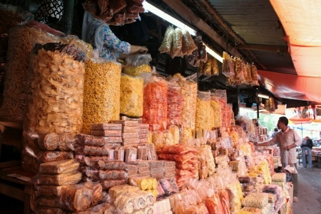 padang_market_snacks