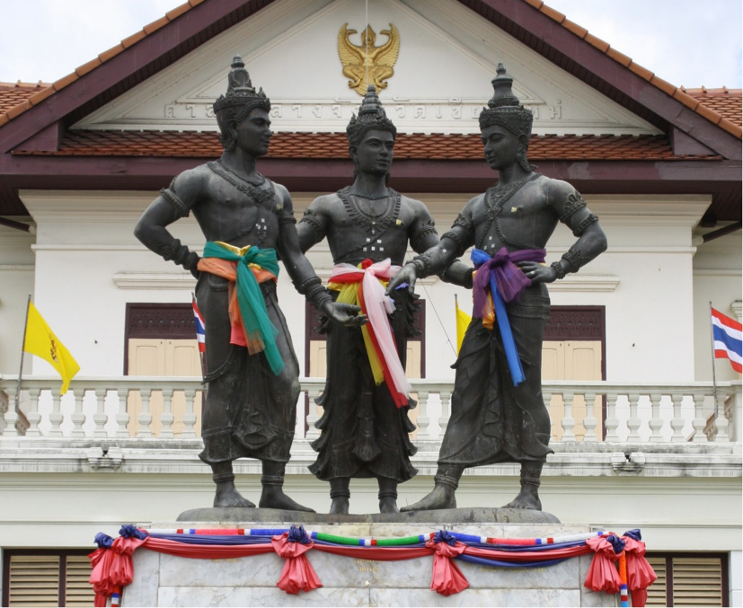 The Three Kings Monument, Chiang Mai (Photo by Taylor Easum 2009)
