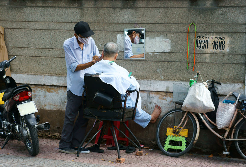 vietnam_street_barber